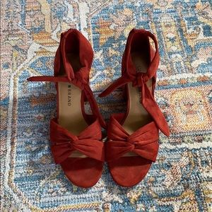 Lucky Brand tie ankle suede heels